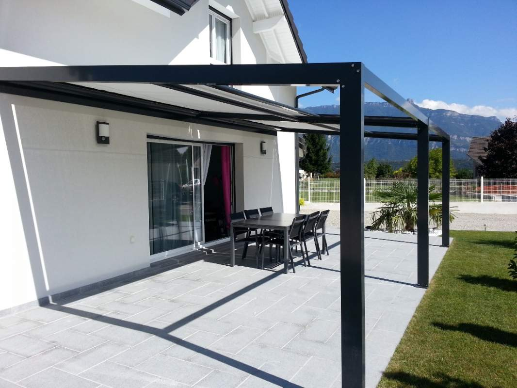 pergolas aluminium a toile retractable a la teste de buch pose et achat gironde verand 39 innov. Black Bedroom Furniture Sets. Home Design Ideas